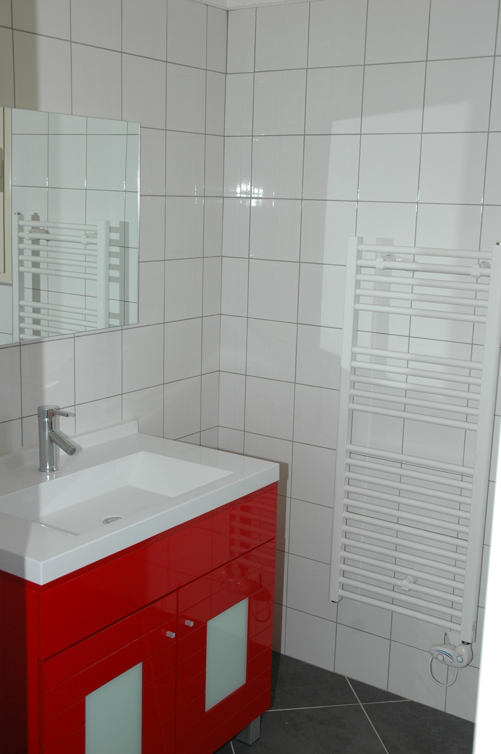 Villa en corse a louer for Equipement salle de bain